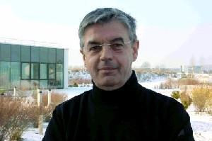 Dr. Eugen Becker (Apotheker & freier Journalist)
